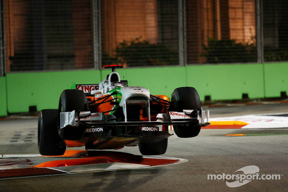 Adrian Sutil, Force India F1 Team gets airbourne after hitting the chicane, 2012