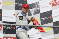 Podium: series champion Edoardo Mortara, Signature Dallara F308 Volkswagen
