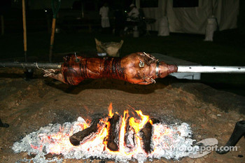 Asphalt Chef event: BBQ pig outside the pool area