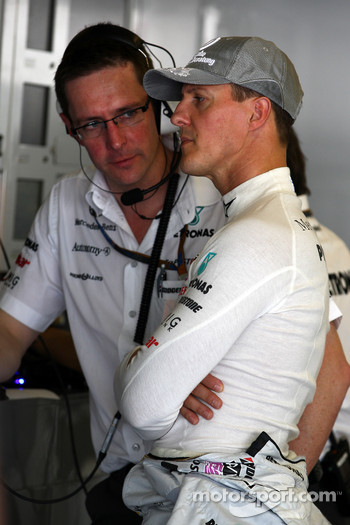 Andrew Shovlin, Mercedes GP, Senior Race Engineer to Michael Schumacher, Michael Schumacher, Mercedes GP