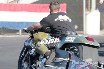 Eddie Krawiec aboard his Vance & Hines V-Rod sporting livery, honoring active and retired US servicemen