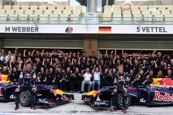 Mark Webber, Red Bull Racing, Sebastian Vettel, Red Bull Racing, Red Bull Team photo