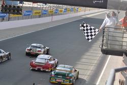 #76 Need for Speed Schubert BMW Z4 GT3: Augusto Farfus, Edward Sandström, Tom Milner, Claudia Hürtgen takes the checkered flag