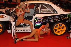 Maxxis Promo Girls