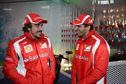 Fernando Alonso, Scuderia Ferrari, Marc Gene, test driver Scuderia Ferrari