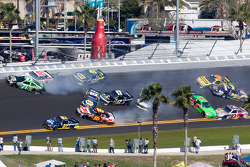 Multi-car crash in turn 4