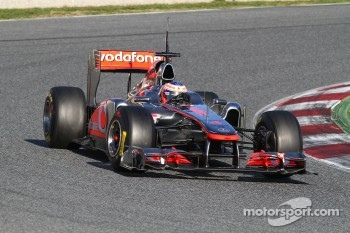 Jenson Button fasted in second practice session