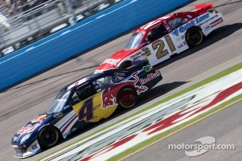 Kasey Kahne, Red Bull Racing Team Toyota and Trevor Bayne, Wood Brothers Racing Ford