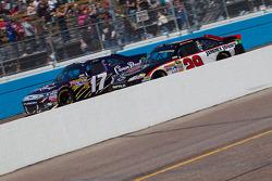 Matt Kenseth, Roush Fenway Racing Ford and Kevin Harvick, Richard Childress Racing Chevrolet