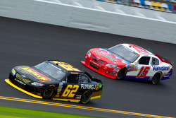Michael Annett, Rusty Wallace Racing Toyota and Todd Bodine, Germain Racing Toyota