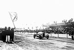 Jimmy Murphy gets winner's flag
