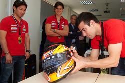 Helmet signing
