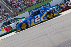 Dale Earnhardt Jr., Hendrick Motorsports Chevrolet and Brad Keselowski, Penske Racing Dodge