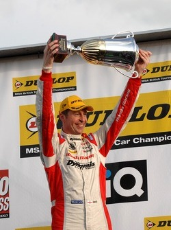 Round 3 Winner: Matt Neal, Honda Racing