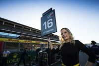 GP3 Photos - La grid girl de Matevos Isaakyan, Koiranen GP