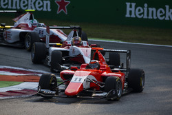 Jack Aitken, Arden International leads Charles Leclerc, ART Grand Prix and Nirei Fukuzumi, ART Grand Prix