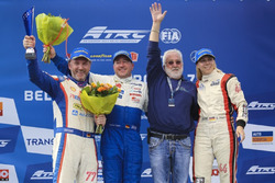 Podium: Race winner  Jochen Hahn, MAN; second place Rene Reinert, MAN; third place Steffi Halm, MAN