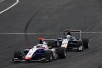GP3 Foto - Giuliano Alesi, Trident precede Konstantin Tereschenko, Campos Racing