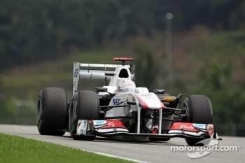 Tenth place on the grid for Kobayashi