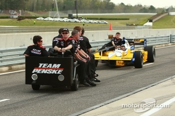 Car of Ryan Briscoe, Team Penske towed on pitlane