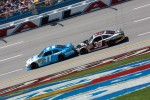 Denny Hamlin, Joe Gibbs Racing Toyota, Ryan Newman, Stewart-Haas Racing Chevrolet