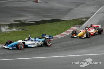 A.J. Allmendinger leads Sbastien Bourdais
