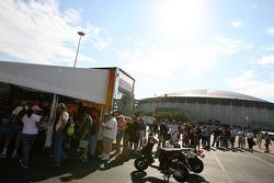 Fans line up for the autograph session