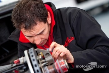 AirAsia mechanic prepares Davide Valsecchi car