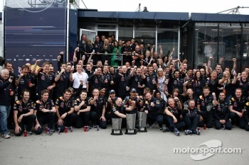 Red Bull team celebration, Sebastian Vettel, Red Bull Racing, Mark Webber, Red Bull Racing, Adrian Newey, Red Bull Racing, Technical Operations Director, Christian Horner, Red Bull Racing, Sporting Director