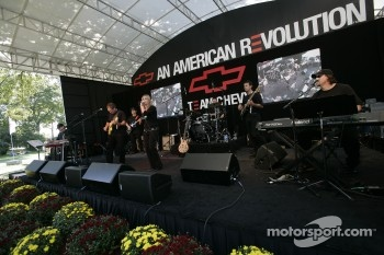 Live entertainment at the Chevrolet display