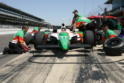 Andretti Green Racing crew members practice pitstop