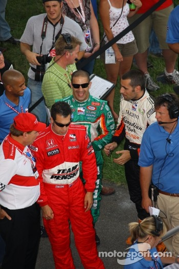 Sam Hornish Jr., Tony Kanaan and Dario Franchitti at drivers introduction