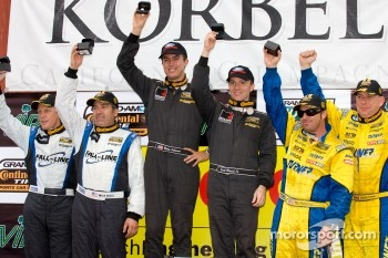 GS podium: race winners Billy Johnson and Jack Roush Jr., second place Bill Auberlen and Paul Dalla Lana, third place #46 Fall-Line Motorsports BMW M3 Coupe: Mark Boden, Terry Borcheller