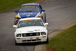#87 Jomac Racing Ford Mustang GT: Rich Jones, Ryan McManus