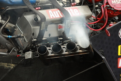 while at idle you can see a single cylinder fire