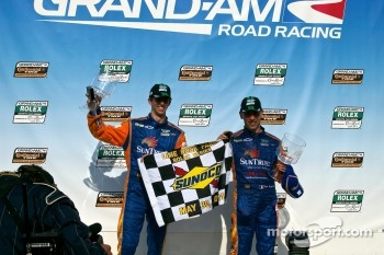 Victory Lane #10 SunTrust Racing Ford Dallara: Max Angelelli, Ricky Taylor