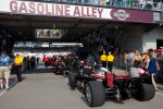 Car of Will Power, Team Penske rolled to pitlane