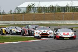 #37 All-Inkl Münich Lamborgini Murcielago 670 R-SV GT1: Dominik Schwager, Nicky Pastorelli #8 Young Driver AMR Aston Martin DBR9 GT1: Stefan Mücke, Darren Turner