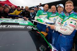 Hans-Joachim Stuck celebrates his last race ever with Ferdinand Stuck, Johannes Stuck and Dennis Rosteck