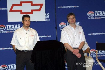 Presentation of the new Chevy engine: Sam Hornish Jr. and Buddy Lazier