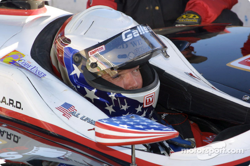 Al Unser Jr. getting ready for the race