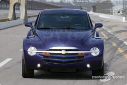 Chevy SSR, coming at you