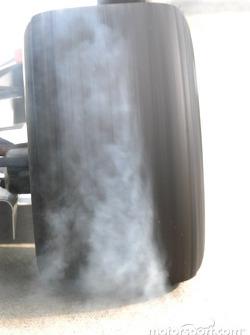 An IRL tire peels