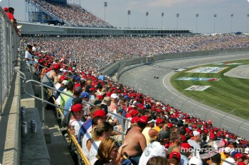 Fans at Kentucky Speedway watch race action