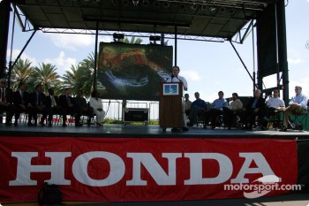 Announcement of the 2005 Honda Grand Prix of St. Petersburg on April 3, 2005, in the streets of St. Petersburg