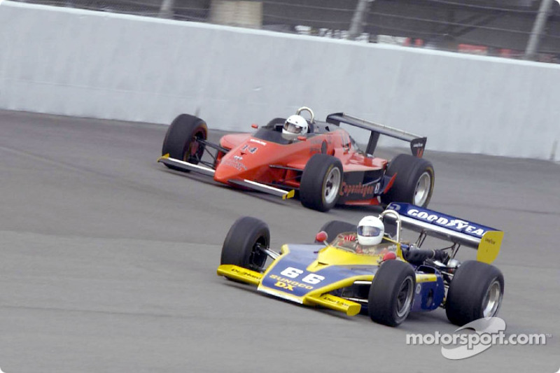Historic Champ cars showcase: Eagle Turbo Offy racing with a Lola Cosworth T-900