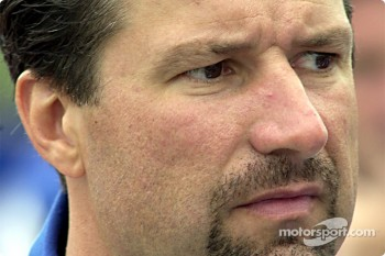 Micheal Andretti has a bad day