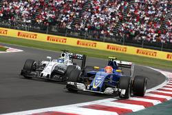 Felipe Massa, Williams Martini Racing FW38; Felipe Nasr, Sauber F1 Team C35