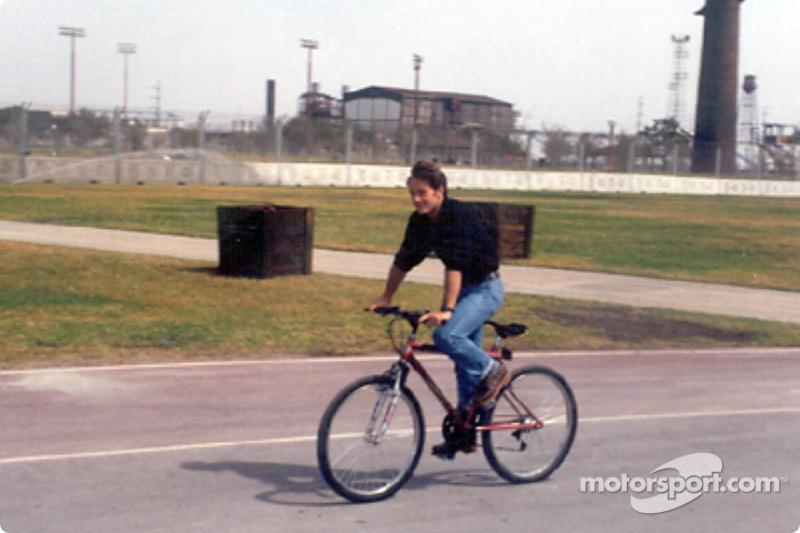 Cristiano da Matta checking the track