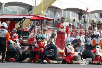 Pitstop for Sbastien Bourdais